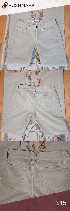 *New List* Gap Straight Leg Ultra Low Rise Cords EUC, very light green almost beige color. GAP Jeans Straight Leg