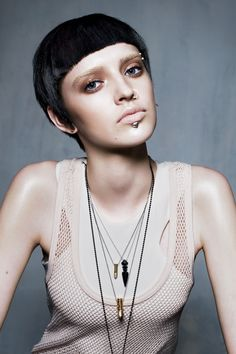 Tough Love: Super-Edgy Makeup   Makeup   TeenVogue.com
