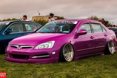 Bagged Honda Accord picture captured at the Slammed At The Bay car show we attended. click here to view the full gallery. #hondaaccord #acccord #honda #stanceaccord #slammedaccord #baggedhonda #neckbreaker