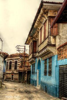 Manisa, Kula casas de Hakan Keles