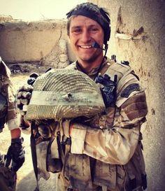 @BadassMiIitary:   ''Marine survives sniper headshot via kevlar helmet''