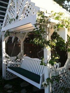 DIY-Lovely Arbor swing