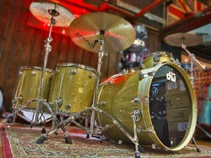 This is gorgeous >>> DW Collectors Drum Kit