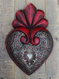 Mexican Crafts, Mexican Folk Art, Esoteric Art, Tin Art, Heart Hands, Pasta Flexible, Sacred Heart, Love Heart, Hand Carved