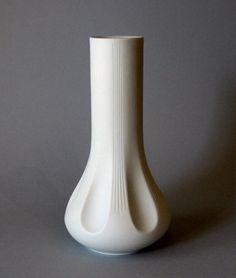 Hutschenreuther Vintage Matte White Archais Vase Fuchs