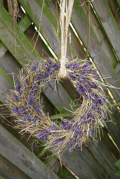 Filz und Garten: DIY - Lavendelkranz mit Heu