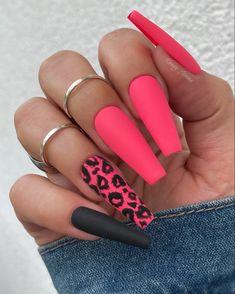Neon Coral Nails, Bright Pink Nails, Pink Cheetah Nails, Coral Nails With Design, Summer Nails Neon, Bright Nails For Summer, Colorful Nails, Cheetah Nail Designs, Coffin Nails Designs Summer