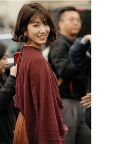 Female Actresses, Korean Actresses, Korean Actors, Actors & Actresses, Korean Perm, Park Shin Hye, Knitwear Fashion, Permed Hairstyles, Mode Hijab
