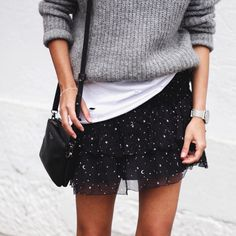 """Andy Csinger on Instagram: """"Does a star-print count as a print? ✌️ // @larssonjennings watch, @aninebing skirt + tee, #dylankain bag, #ZARA pull """""""