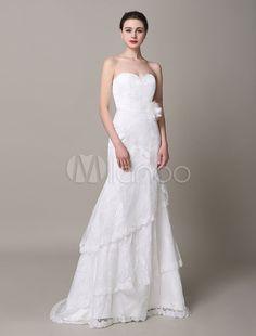 http://www.milanoo.com/fr/produit/mariage-ivoire-robe-bustier-fleurs-hierarchise-dentelle-robe-de-mariee-p578305.html