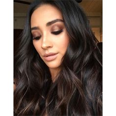 Shay Mitchell's Makeup Artist Used This $4 Drugstore Shadow to Create Her Awesome Smoky Eye  Shay Mitchell is known for her routinely enviable beauty looksmaybe that has something to do with her unfailingly perfect hair and ability to pull off every lipstick shade in existence. And the  Pretty Little Liars star's appearance yesterday morning to promote her movie  Mother's Day  was no exception. Sure it may have been really freakin' early in the morning (and a  Monday  morning no less) but…