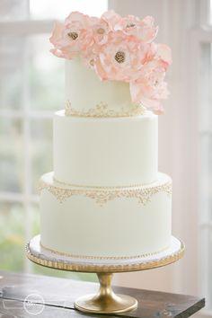 Cypress Grove styled wedding blush pink and gold and mint details mint green wedding cake sugar flowers  Orlando wedding photographer  www.AmalieOrrangePhotography.com