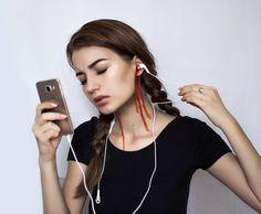 """9,998 Likes, 374 Comments - Татьяна Молчанова (@dark_princess_youtube) on Instagram: """"Какую музыку вы слушаете ? Напишите название ваших любимых групп / исполнителей ❤"""""""