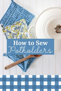 Learn how to sew potholders by machine in this easy tutorial for DIY quilted potholders that are heat resistant and super cute! Sewing Machine Projects, Small Sewing Projects, Sewing Projects For Beginners, Sewing Crafts, Beginner Sewing Patterns, Sewing Tutorials, Sewing Ideas, Sewing Tips, Sewing Basics