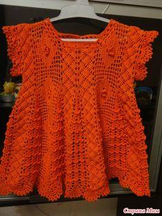 Вяжем вместе  замечательное детское платье от Giovana Dias