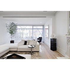 Charles Street Residence  Russian White Oak Fumed White Tint  #SiberianFloors #Oak #Floors #Wood #WoodFlooring #Quality #InteriorDesign #Architecture #Design #Interiors #Decor #RussianWhiteOak #Green #eco #whiteoak #green #LivingRoom