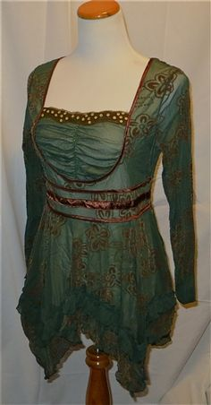 New The Pyramid Collection Green Renaissance Tunic