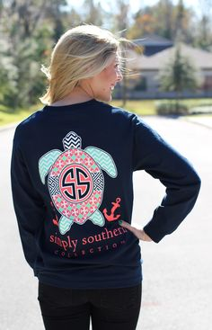 Simply Southern Collection Preppy Turtle Chevron Anchor Long Sleeve T-Shirt. This navy Simply Southern Long sleeve features a turtle print! Model is wearing a small. Preppy Outfits, Preppy Style, Summer Outfits, Cute Outfits, My Style, Simply Southern Shirts, Southern Prep, Southern Marsh, Southern Tide