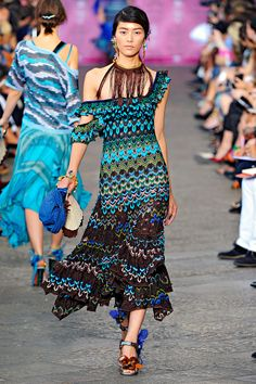 Missoni Spring RTW 2012 gypsy fashion. Now all I need is for someone to reproduce that fabric and sell it to Joanne's!