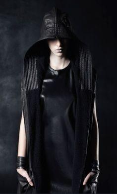 ilaria nistri, future fashion, model, fashion girl, futuristic look, dark, dark fashion, black, girl in black, futuristic style,goth,neopunk by FuturisticNews