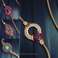 Thaali mugappu Gold Necklace Simple, Gold Jewelry Simple, Pearl Necklace Designs, Gold Earrings Designs, Gold Temple Jewellery, Gold Jewellery Design, Gold Mangalsutra Designs, Gold Chain Design, Fashion Jewelry