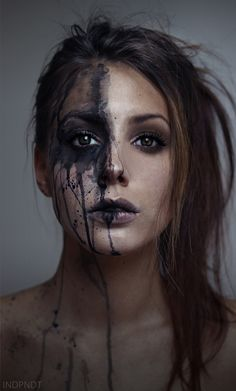 More great portrait photography inspiration Dark Photography, Fashion Photography, A Level Photography, Art Photography Portrait, Emotional Photography, Pinterest Photography, Concept Photography, Paint Photography, Inspiring Photography