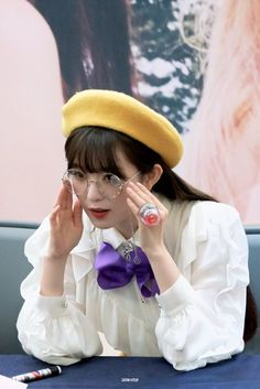 Check out Black Velvet @ Iomoio Red Velvet Irene, Black Velvet, Seulgi, South Korean Girls, Korean Girl Groups, Ulzzang Girl, Daniel Wellington, Kpop Girls, My Idol