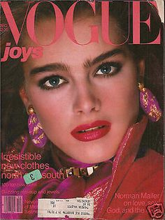 20 covers Vogue US February by Richard Avedon. Vogue Deutsch April and September Vogue US October and December by Richard Avedon. Vogue US May and September Vogue US A… Vogue Magazine Covers, Fashion Magazine Cover, Vogue Covers, Brooke Shields, Richard Avedon, Moda 80s, 1980s Makeup, 80s Makeup Trends, Retro Makeup