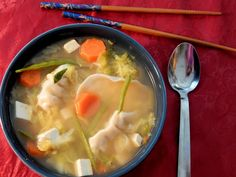 Vegetarian Wonton, Vegetarian Recipes Easy, Healthy Recipes, Wonton Recipes, Soup Recipes, Chicken Recipes, Napa Cabbage Recipes