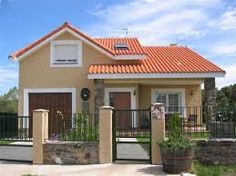 Resultado de imagen para fachadas con tejas y balcones