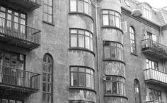 """I Byen og på Bryggen. En af mine interesser er at fotografere, og nedenstående billeder er taget på en kombineret by og Brygge vandring sammen med min storebror, som er ligeså stor nostalgiker som mig selv. Jeg valgte at tage nogle billeder som """"næsten"""" kunne være taget for mange år siden.. #Islandsbrygge #Bryggen"""