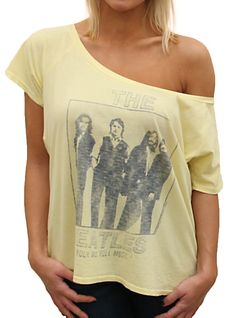 Vintage tee with The Beatles. Heaven. :O