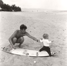 Andy Irons surfing / Black and White Photography, surfer