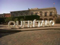 Centro Histórico en Santiago de Querétaro, Querétaro de Arteaga Four Square, Neon Signs, World, Places, Bonito, Life, The World, Lugares, Earth