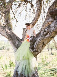 Colorful Ibiza bridal inspiration | Photo by Anna Luiza Golebiewska | Read more -  http://www.100layercake.com/blog/wp-content/uploads/2015/02/colorful-Ibiza-bridal-inspiration