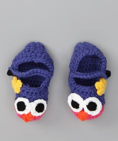 <p+style='margin-bottom:0px;'>Little+darlings+will+welcome+the+chilly+weather+when+donning+these+owl+booties.+With+curious+critters+perched+atop+toes,+these+sweet+knit+shoes+will+provide+warmth+as+well+as+a+cuddly+companion.<p+style='margin-bottom:0px;'><li+style='margin-bottom:0px;'>Cotton<li+style='margin-bottom:0px;'>Hand+wash;+dry+flat<li+style='margin-bottom:0px;'>Imported<br+/>