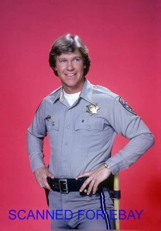 This pink background Larry Wilcox, Chips Series, 70s Tv Shows, Childhood Tv Shows, Men In Uniform, May 1, Disney Pictures, Movie Tv, Tv Series