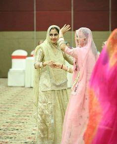 Apps For Girls, Rajasthani Dress, Rajputi Jewellery, Rajputi Dress, Haldi Ceremony, Women Life, Beautiful Indian Actress, Pakistani Dresses, New Moms