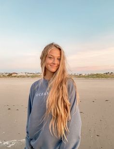 Hair Inspo, Hair Inspiration, Beach Poses, Insta Photo Ideas, Dream Hair, Hair Looks, New Hair, Photography Poses, Blonde Hair
