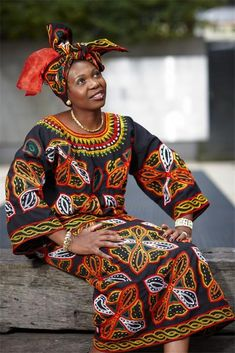 Africa | Mimmie Ngum Chi in traditional Cameroonian dress | ©Bejamin Headlley