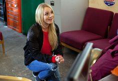 Leela proposes to Ziggy- Leela proposes on one knee #Hollyoaks @KirstyLPorter @TheFabSantino