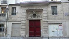 Hôtel de Montescot (1647) 70, rue des Archives Paris 75003.