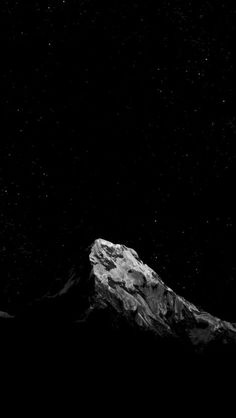 Laginate - Share HD, wallpapers with hundreds of selected topics. Dark Wallpaper, Screen Wallpaper, Mobile Wallpaper, Ios Wallpapers, Cool Wallpapers For Phones, Apple Advertising, Dark Mountains, Classic Sailing, Mountain Wallpaper