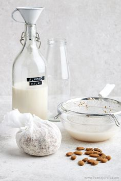 Homemade Almond Milk | Photographer: Ivana Jurcic www.ivanajurcic.com