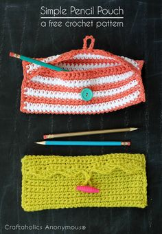 Easy crochet pencil pouch tutorial - perfect for beginners! #crochet #backtoschool #tutorial #crochetpattern