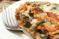 Rip Esselstyn's Sweet Potato & Vegetable Lasagna : Created for the Engine 2 Diet, this recipe will help you pass Drill 1 with flying colors. This lasagna recipe that replaces. Whole Food Recipes, Diet Recipes, Vegetarian Recipes, Healthy Recipes, Pasta Recipes, Vegetarian Lasagne, Vegan Meals, Potato Vegetable, Vegetable Lasagne