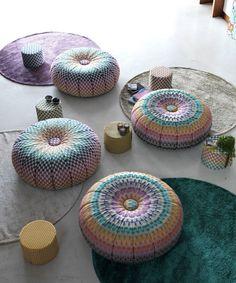 Missoni Home Puntaspillone Pouf Origami Design, Missoni, Pouf Rembourré, Poufs, Cozy Furniture, Modern Furniture, Craft Day, 60th Anniversary, Textiles