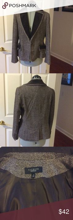 Talbots Blazer, brown tweed and velvet Beautiful Blazer in good condition size 12. Velvet collar and tops of pockets. Lined Talbots Jackets & Coats Blazers