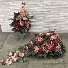 Flowers For Mom, Funeral, Ikebana, Floral Wreath, Arts And Crafts, Wreaths, Home Decor, Gardening, Flower Arrangements