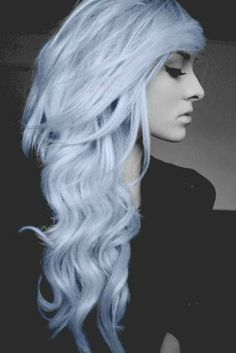 Perfect metallic white hair.